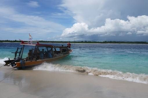 Boat Docking on Gili Trawangan, Indonesia