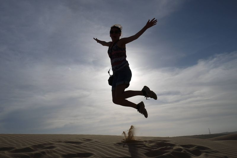Sand Dune Jumping in Mui Ne
