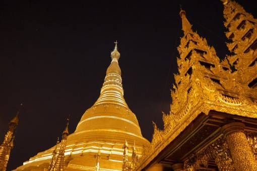 Shwedagon Pagoda, Yangon, at night