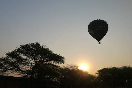 Bagan Hot air balloon rides