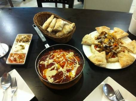 Hummus and Shakshuka at Imma Bakery in Tainan