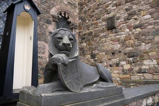 Lion Statue at Edinburgh Castle