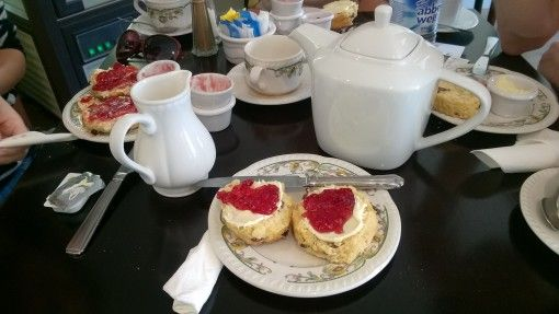 A cream tea at Bwthyn y Bwyd, St David's