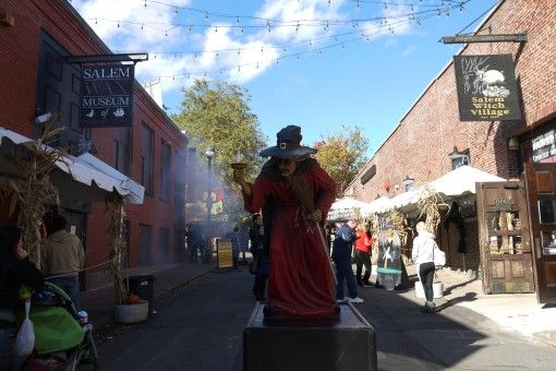 Witch statue on Salem's Liberty Street