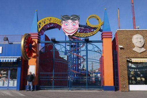 Coney Island attaractions closed for the season