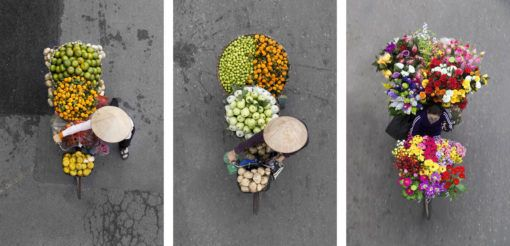 Photographs of women street vendors in Hanoi, Vietnam by Loes Heerink