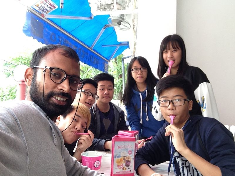 Venkat Ganesh with his Vietnamese students in Hanoi