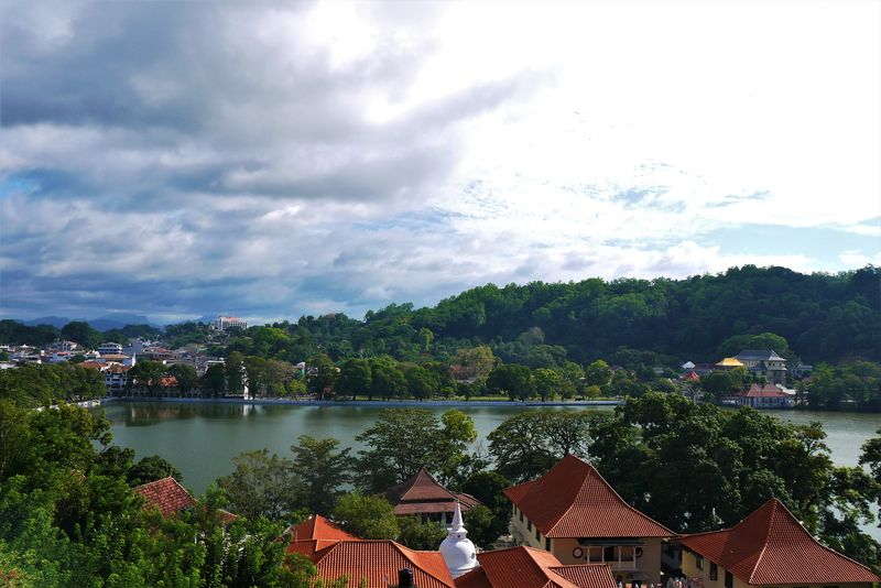 The view of Kandy Lake from Heaven Seven Hotel