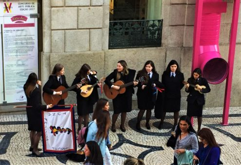 Porto University students busking on Santa Catarina