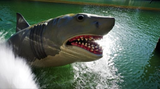 Jaws shark popping out of the water on the Universal Studios Hollywood studio tour
