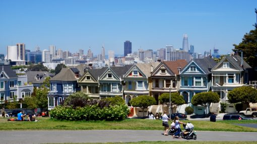 Painted Ladies houses and San Francisco View