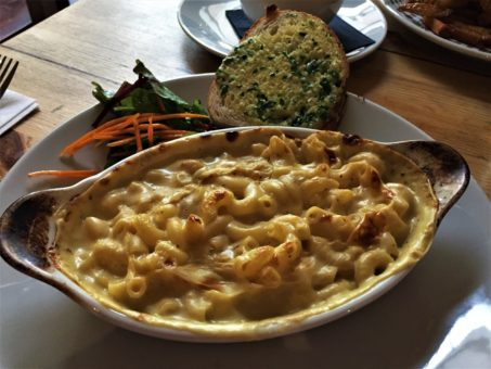 Vegan mac and cheese at Mono, Glasgow